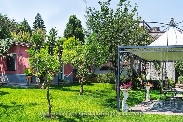 Apartment for rent in Macchia di Giarre CT - Giardino