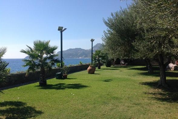 Villa Greta for rent in Letojanni Taormina Garden