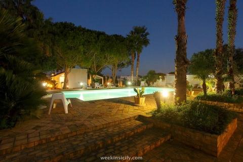 Villa Salina Marsala Trapani Notturno