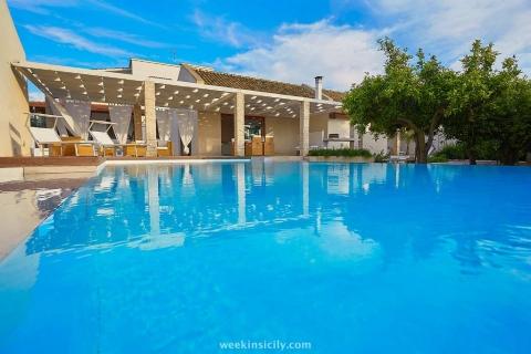 Villa al Mare in Campagna - Marsala  9+2 Guests  5 Bedrooms  3 Bathrooms