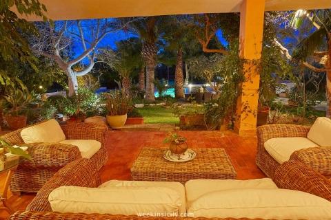 Villa Palma-Gardens in Marsala Trapani  8/12 Guests  6 Bedrooms  5 Bathrooms