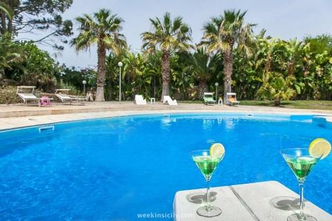 Villa Marina di Modica Pozzallo RG - da 15 a 24 Guests  10 Bedrooms  10 Bathrooms
